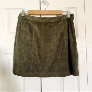 Cotton Candy Skirts - COTTON CANDY LA Green Suede Skirt M